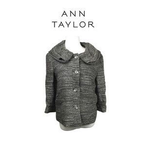 Ann Taylor Beautiful Blazer. Sz 6